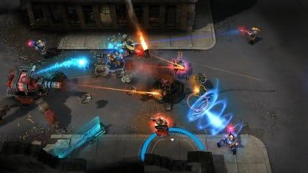 Сражение между игроками в Shards of War.
